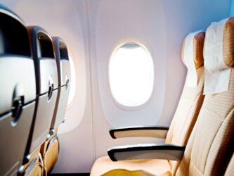 Expertos en audición nos dan las claves para cuidar nuestros oídos al viajar en avión