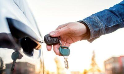 Por qué duplicar la llave del coche antes de irnos de vacaciones