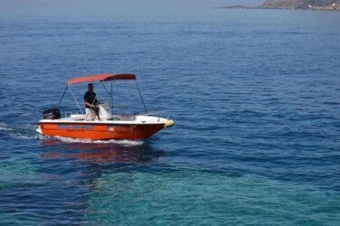 Qué requisitos necesitas para alquilar un barco