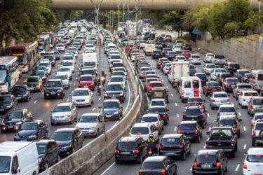 Riesgos de la carretera en vacaciones: obligaciones y derechos básicos